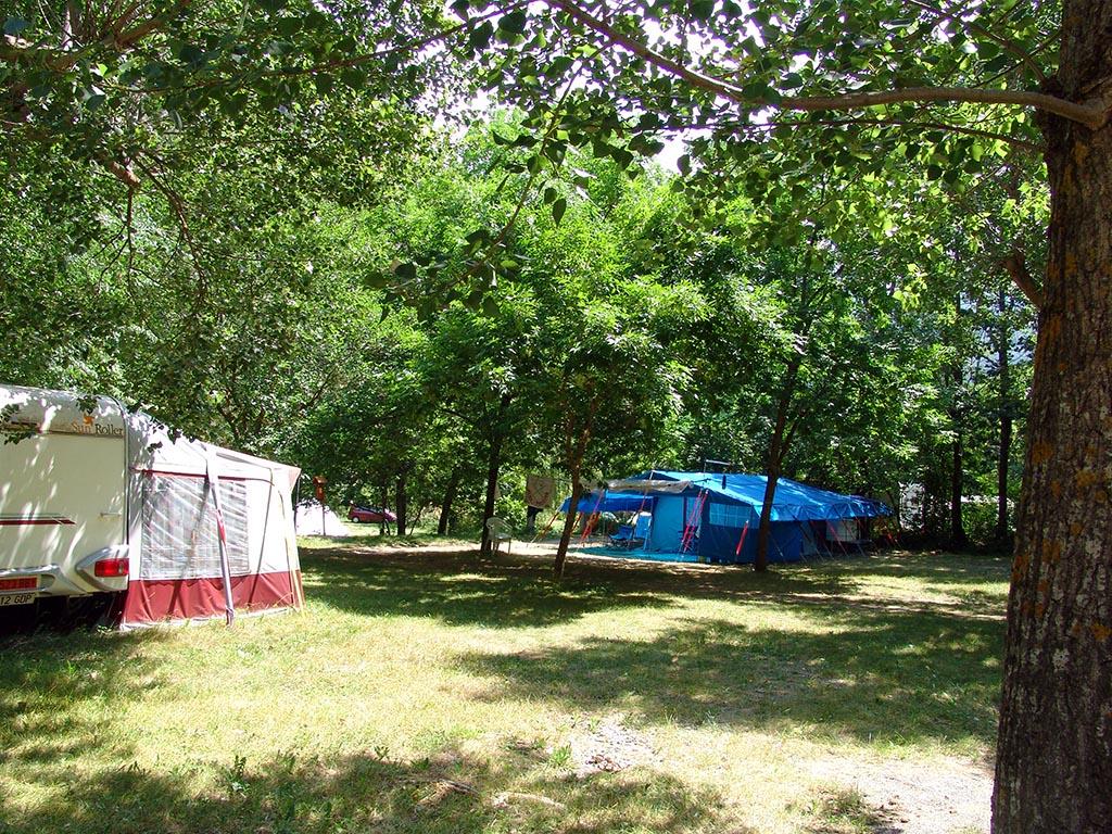 Camping Los Vives, Saravillo