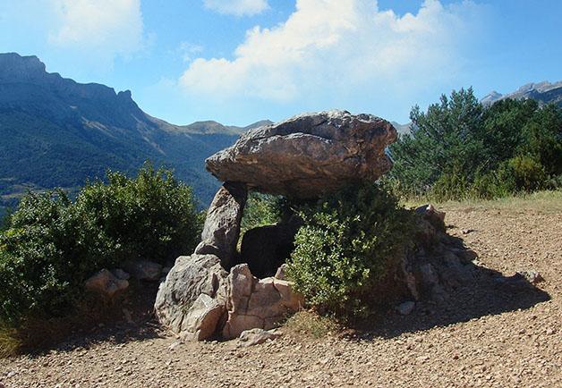 Centro de Visitantes del Parque Nacional, Tella
