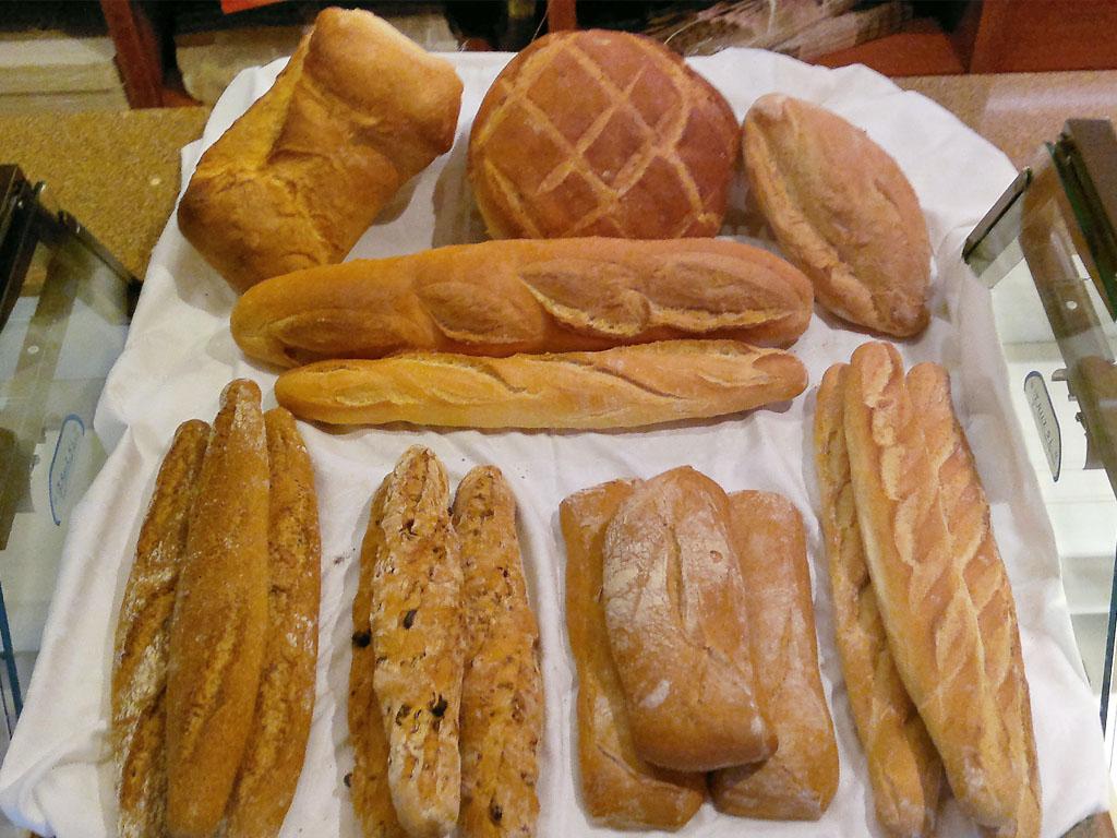 Panadería Pueyo, Plan